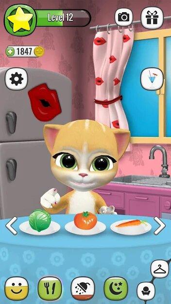 Скачать Моя Говорящая Кошка Эмма на Андроид — Мод (Свободные Покупки) screen 2